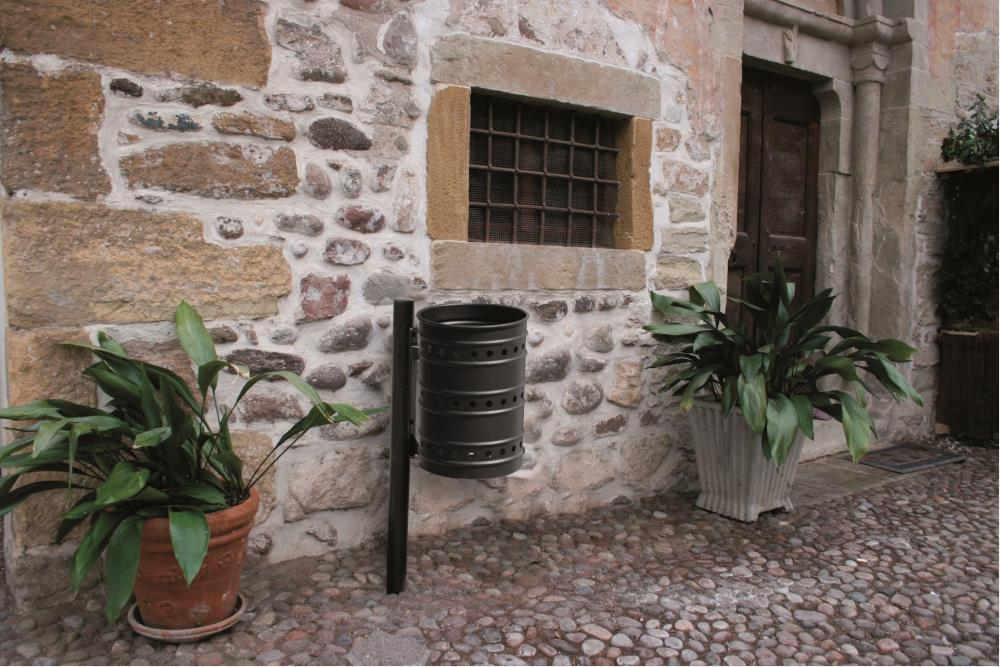 Giochi arredi outdoor arredo urbano e giardino cestini for Arredo urbano ancona