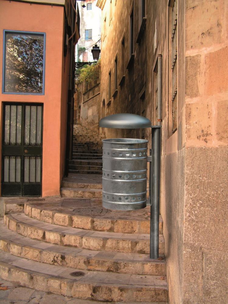 Giochi arredi outdoor arredo urbano e giardino cestini for Arredo giardino milano provincia