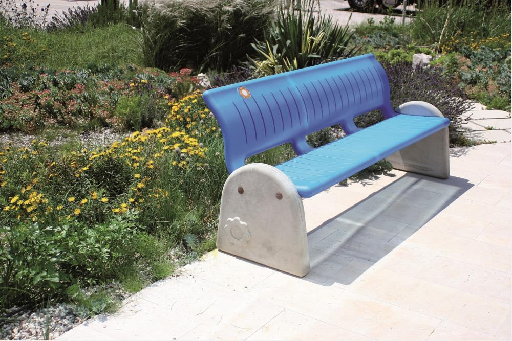 Giochi arredi outdoor arredo urbano e giardino panchine for Arredi per piscine