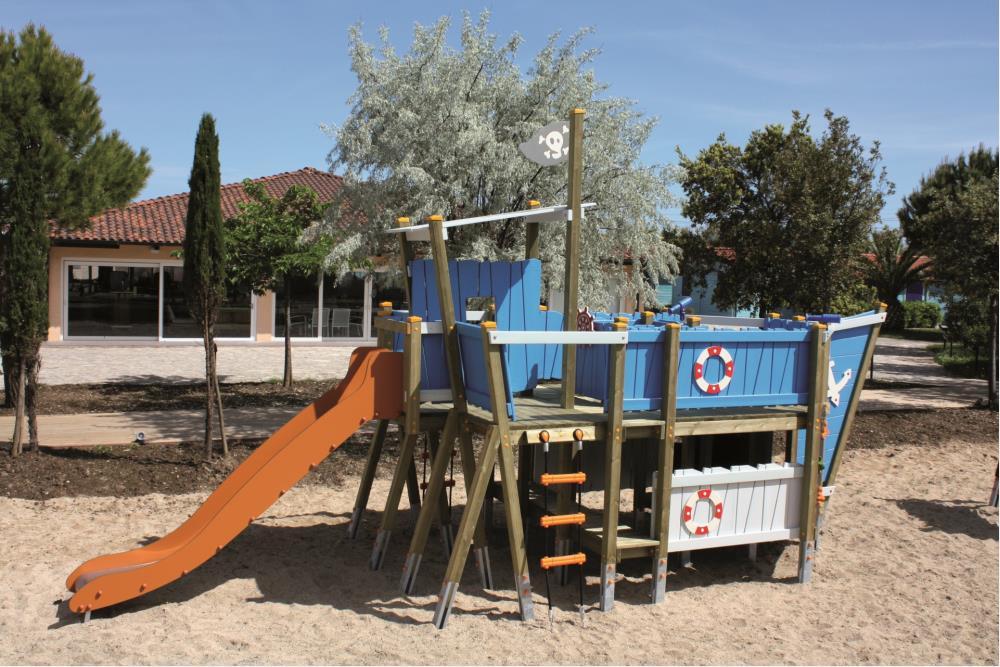 Giochi arredi outdoor giochi per parchi strutture for Arredo inox crotone