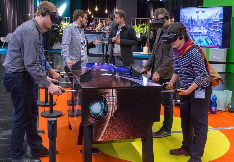 Virtual-football-table